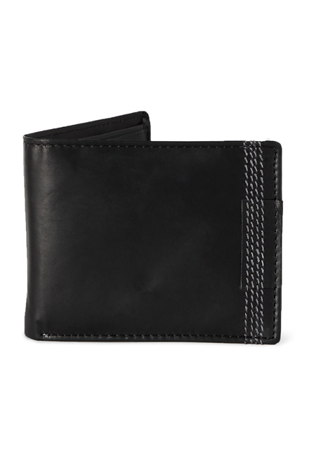 Chic Casual Wallet  available at Trendin for Rs.599
